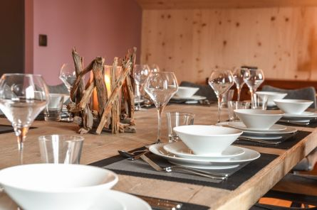 Dinner setting in Chalet Le Hibou