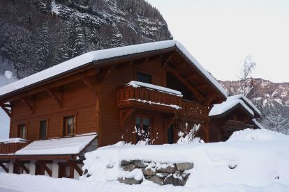 The exterior of solo ski Chalet Chery des Meuniers