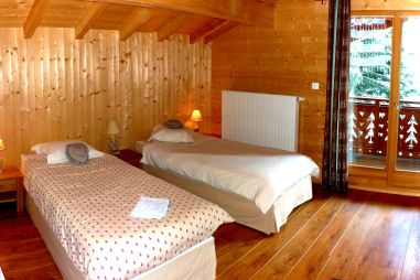 Triple bedroom in Chalet Chery des Meuniers