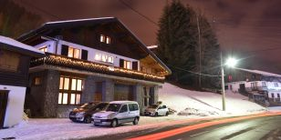 A singles ski holiday Chalet Chez Claud, Morzine