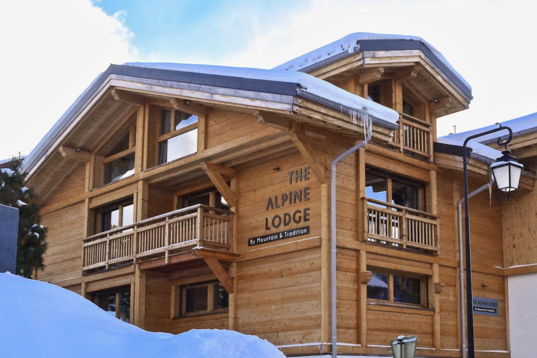 The Alpine Lodge, a Luxury Chalet in Les Gets for up to 15 people