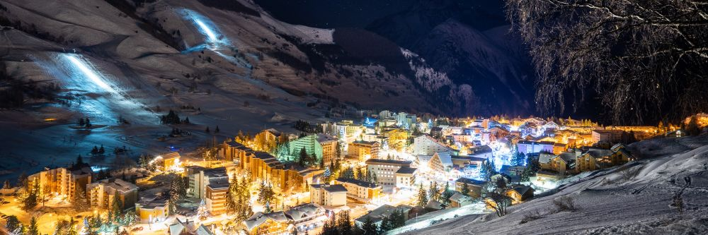 The village by night in Les Deux Alpes, a great skiing location