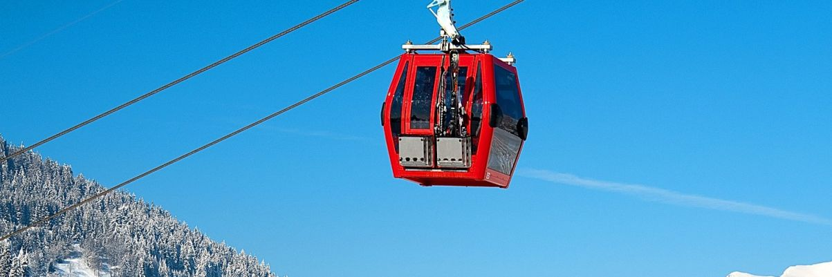 A gondola ski lift in Les Gets