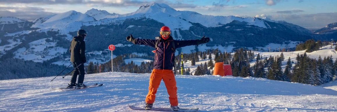 A snowboarder on one of our Intermediates ski holidays