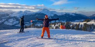 A snowboarder on one of our Intermediates ski holiday