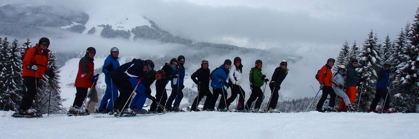 A group of solo beginners skiers