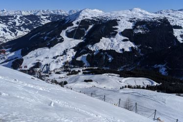 The 1000m vertical drop in the one, long red in Saalbach Hinterglemm Ski