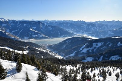A view out over the lake and ski resort of Zell Am See
